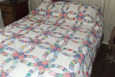 Double wedding ring quilt   Tim Latimer   Quilts etc