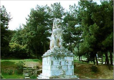 leon amphipolis Στόχος βανδάλων το μνημείο – σύμβολο των Σερρών