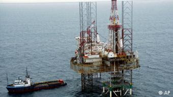 This undated photo shows a Shell Oil rig in the Niger Delta, Nigeria. Nigeria's latest hostage crisis came to a peaceful end Sunday, June 4, 2006, as six Britons, one American and one Canadian held captive for two days were released unharmed, looking tired, but in good health. A group of unidentified militants from southeastern Bayesla state who were demanding jobs and money kidnapped the expatriates Friday from an offshore oil platform operated by Dolphin Drilling Ltd. (AP Photo/Shell Oil)