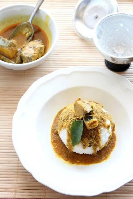 Puttu Meen Curry