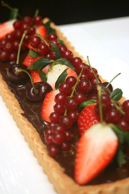 The winning creation - Chocolate and Raisin My Favourite Tart