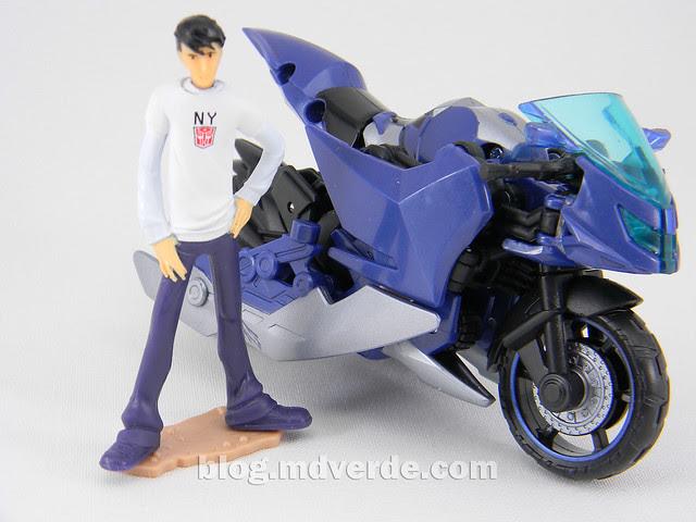 Transformers Arcee Deluxe - Prime First Edition - modo alterno