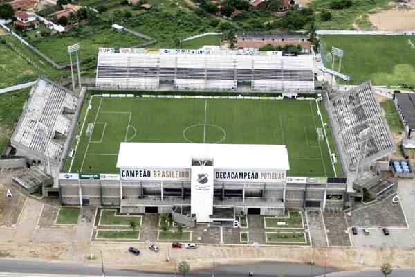 Com a derrubada do machadão, o estádio frasqueirão se tornou a principal praça esportiva do rio grande do norte
