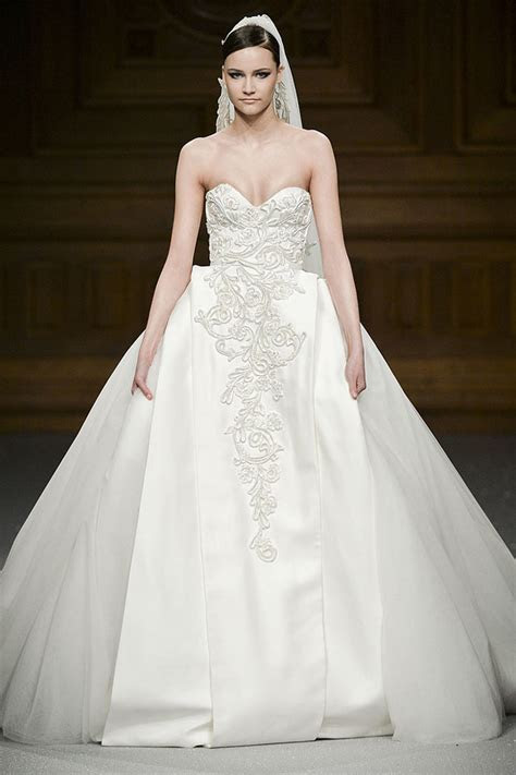 Wedding Dresses   FashionGum.com
