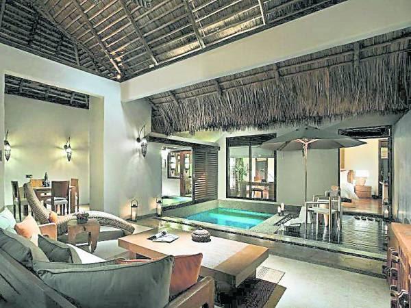房间空间大又有私人游泳池,简直是豪华享受!