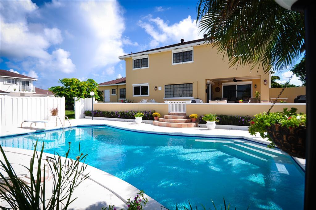 Bahamas Real Estate on Nassau For Sale  ID 4157