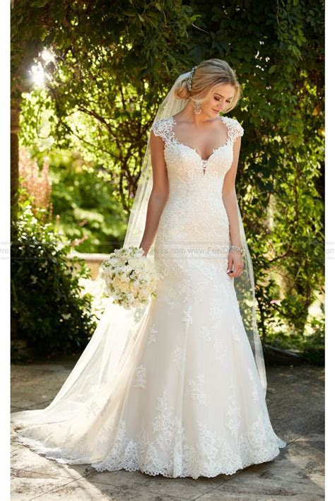 Essense of Australia Lace Wedding Dress With Illusion