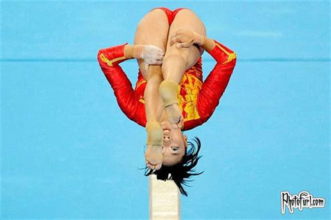 girls gymnastics show wallpapers  pictures  beijing