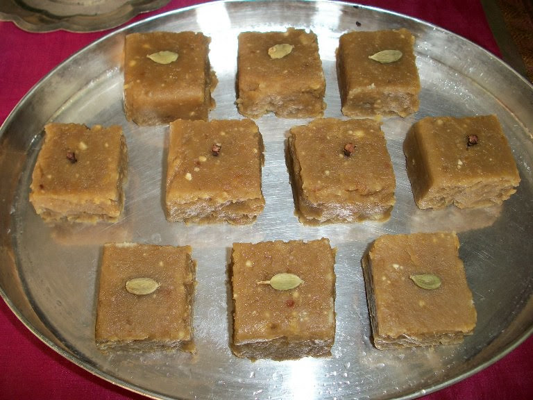 Instant Okkarai / Ukkarai / Rice Flour & Moong dal Sweet ...