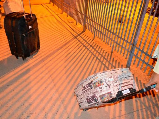 Malas foram apreendidas durante abordagem (Foto: Edivaldo Braga/Blog Braga)