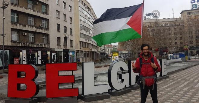 Benjamin Ladraa en Belgrade durante el proyecto 'WalktoPalestine'