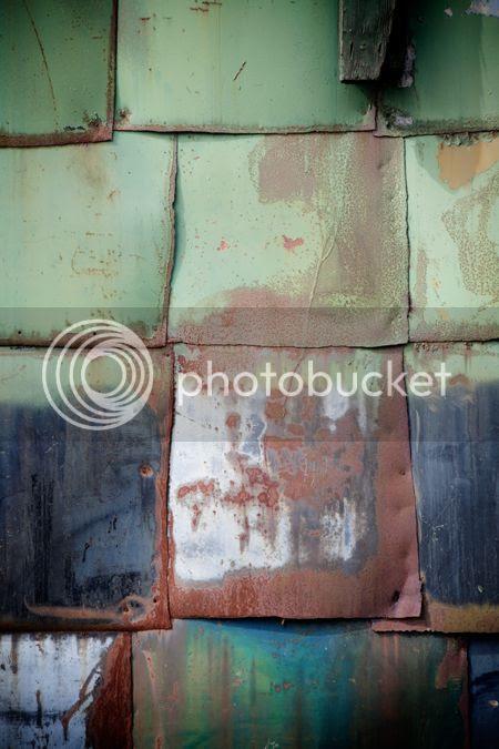 photo wall2_zpsf18fbaee.jpg