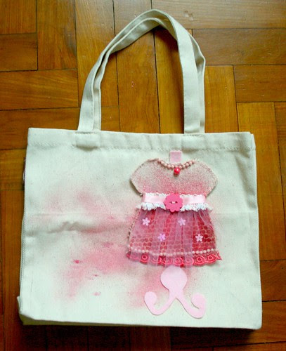 Dress form on canvas bag