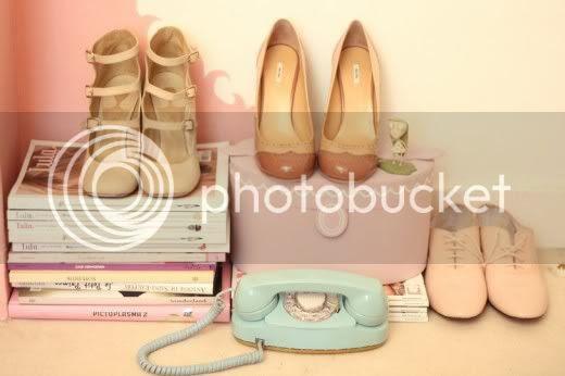 vintage shoes pastels