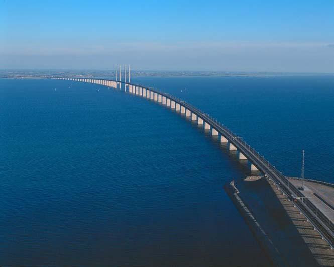 Αυτή η καταπληκτική γέφυρα μετατρέπεται σε τούνελ και συνδέει την Δανία με την Σουηδία (13)