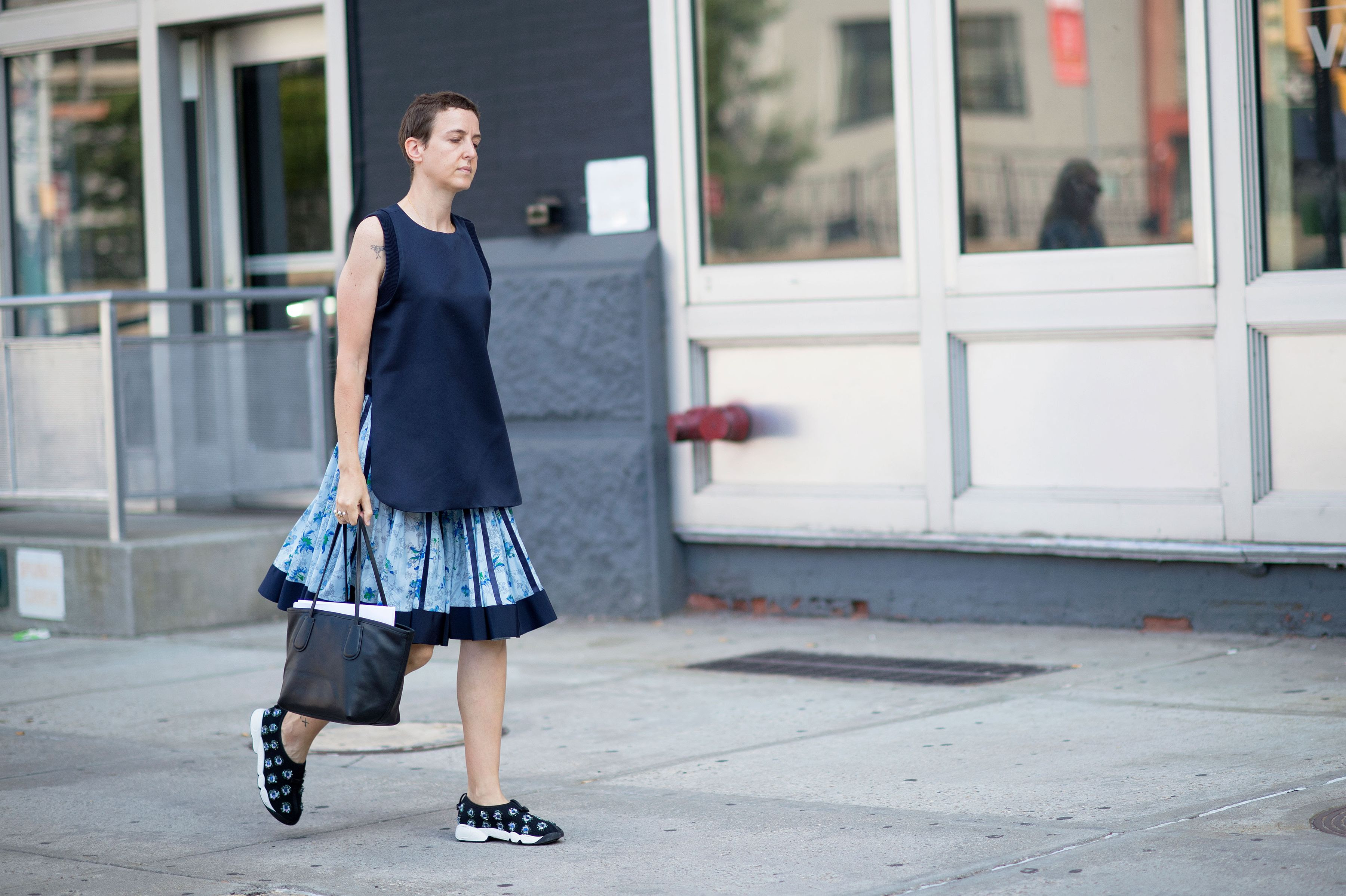 http://pixel.nymag.com/imgs/thecut/slideshows/2014/9/street-style-0907/street-style-13.nocrop.w1800.h1330.2x.jpg