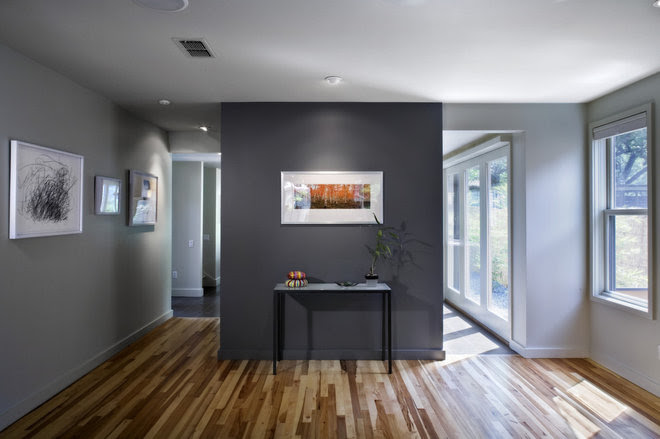 Color Guide: How to Work With Charcoal Gray