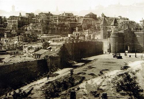 Torres de la Reina a inicios del siglo XX. Fotomontaje con errores