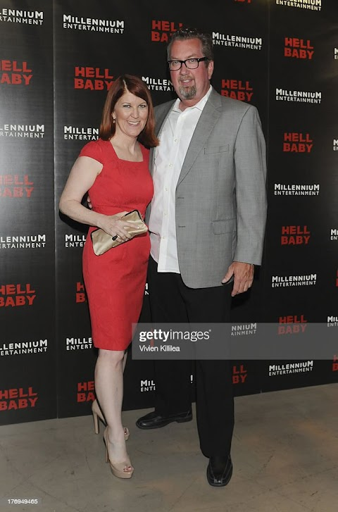 Kate Flannery Nude - Hot 12 Pics | Beautiful, Sexiest