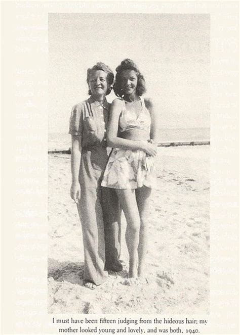 Betty Joan Perske (Lauren Bacall) and her mother, Natalie
