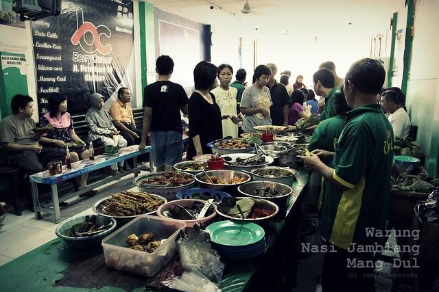 Warung Nasi Jamblang 'Mang Dul'