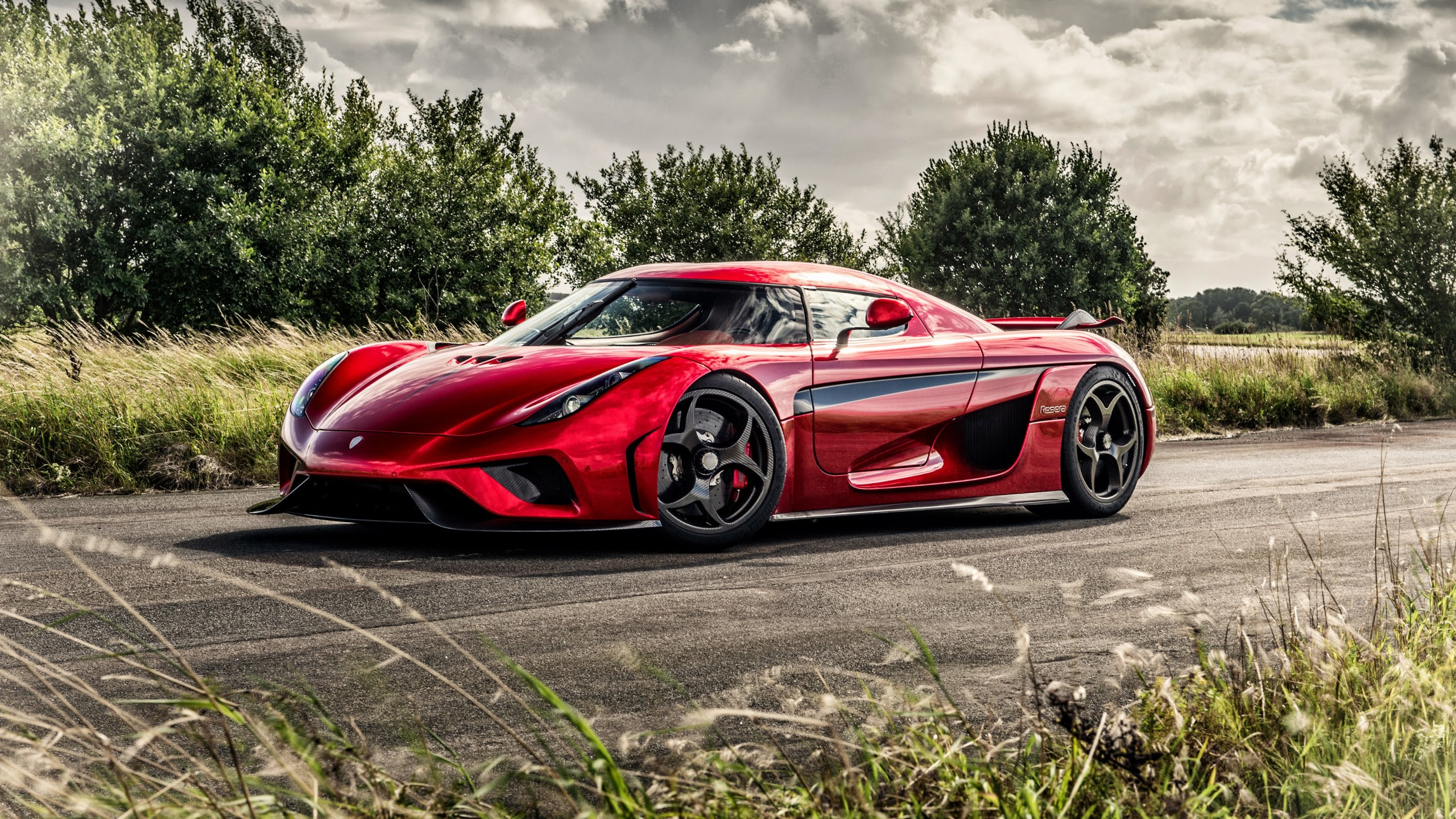 2017 KOENIGSEGG REGERA 4K Car And Motorcycle Wallpaper