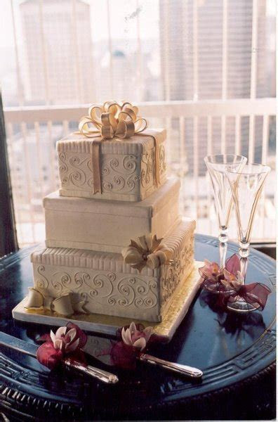 New Renaissance Cakes   Seattle, WA Wedding Cake