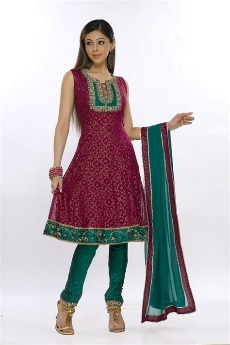 Pretty Indian Suit to wear at a wedding function   Wedding