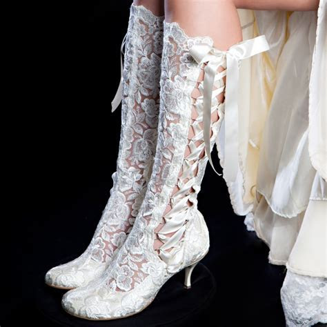 'Evangeline Elliot' Ivory Vintage lace knee high wedding