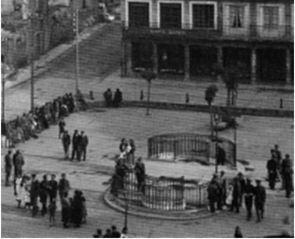 Urinarios de Zocodover a mediados del siglo XX