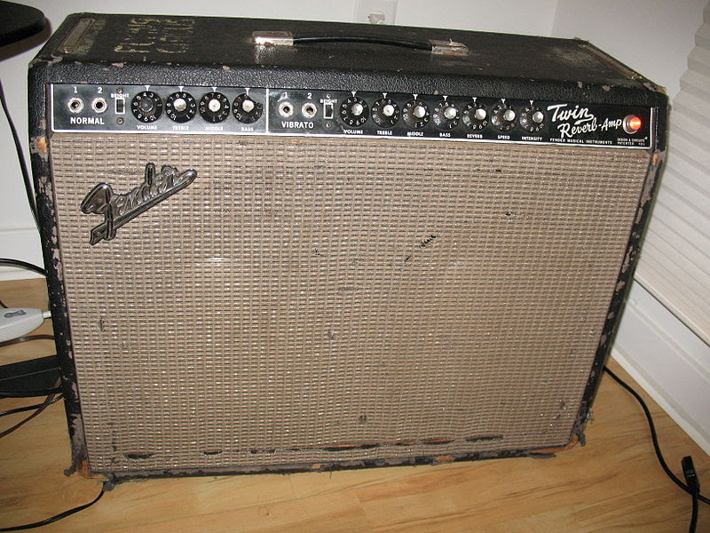 File:Jon Hammond's 1965 Fender Twin Reverb Amp with Factory JBL Speakers.jpg