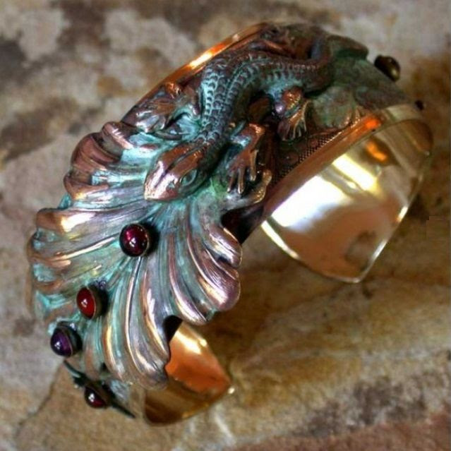 Lizard on Leaves Brass Cuff Bracelet