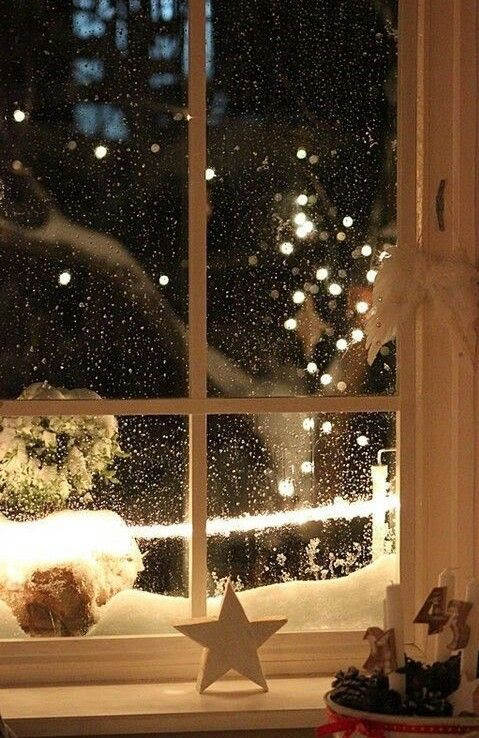 "*❄️~*.Christmas.*~❄️*  ""I have long thought that anyone who does not regularly -- or ever -- gaze up and see the wonder and glory of a dark night sky filled with countless stars loses a sense of their fundamental connectedness to the universe."" ~ Brian Greene"