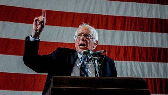"""""""Sanders está haciendo presión para reformar las normas internas del Partido Demócrata: dar más poder a los votantes y quitárselo a los dirigentes"""". Foto: Rex/ Shutterstock."""