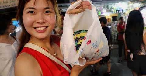 Đi CHỢ ĐÊM Phú Quốc mua đồ chuối
