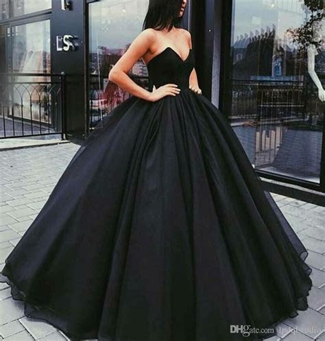 Gorgeous Ball Gown Prom Dresses Black,Red Sexy Backless