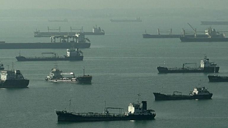 Συνωστισμός τάνκερ στη Σιγκαπούρη