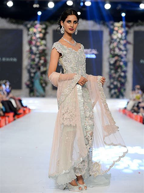 Top Designer Bridal Walima Dresses 2017 in Pakistan