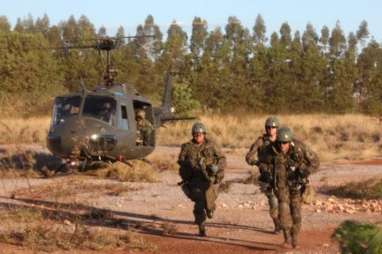 Treinamento de CASEVAC (da sigla, em ingles, para Casualty Evacuation) Foto Ag Força Aérea3