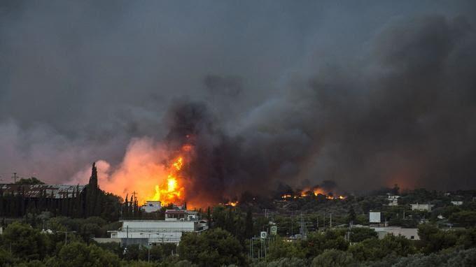 La Grèce en feu, pourquoi ?