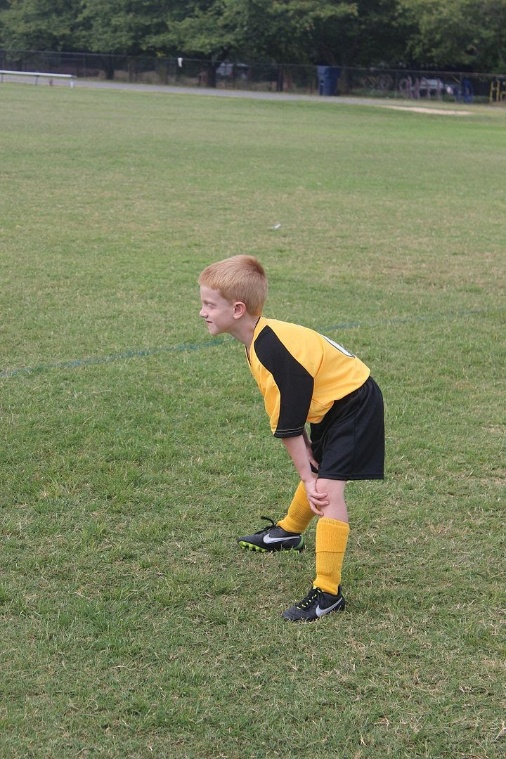 photo soccer2_zpsff21006f.jpg