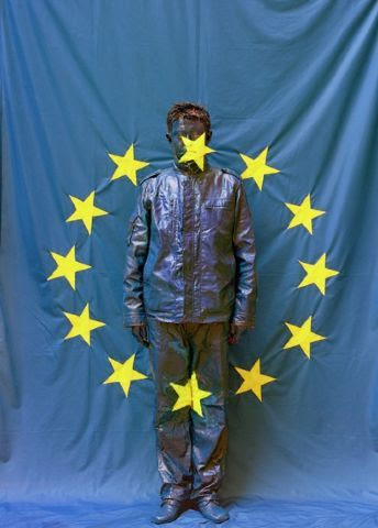 Liu Bolin, UE Flag