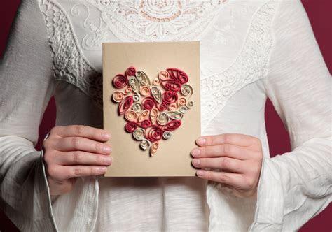 Valentine Heart Quilling Card   iLoveToCreate