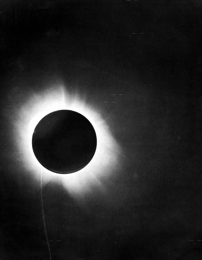 http://upload.wikimedia.org/wikipedia/commons/3/37/1919_eclipse_positive.jpg