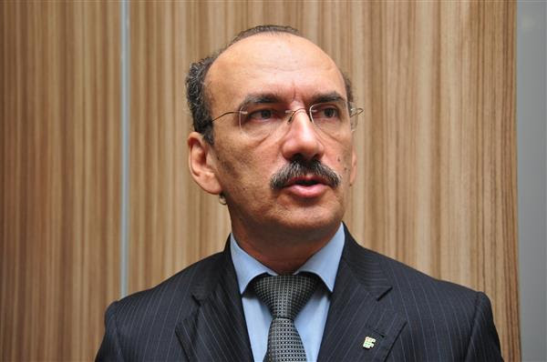 Reitor do IFRN, Belchior de Oliveira Rocha elogiou tema do Motores