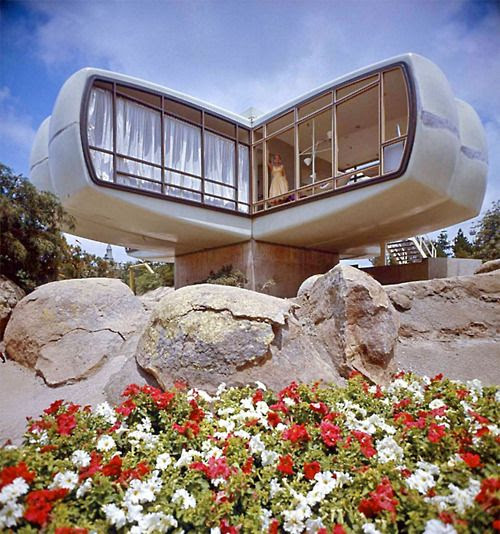 disneyland, monsanto plastic house of the future, 1960's