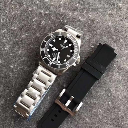 XF Factory Published V3 Replica Tudor Pelagos Titanium Watch 25600TN with Free Rubber Strap