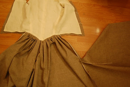 Making a robe a l'anglaise 20