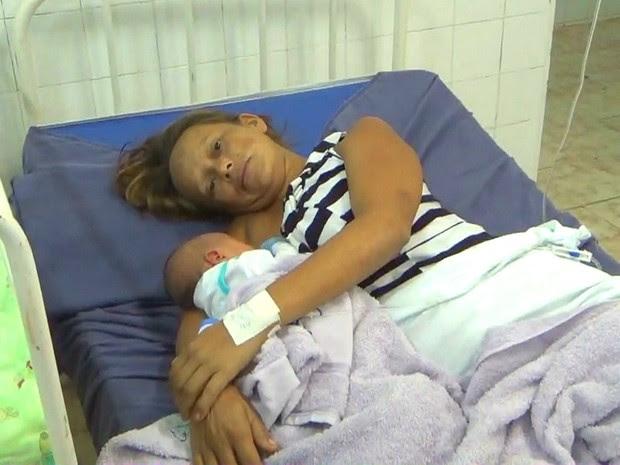 Grávida ficou perdido em mata e teve filho sozinha