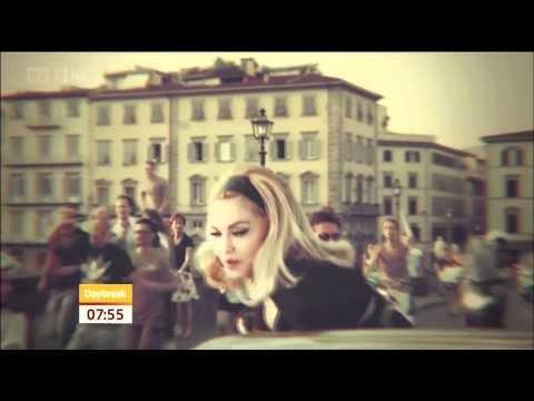 preview dal video di turn up the radio di madonna